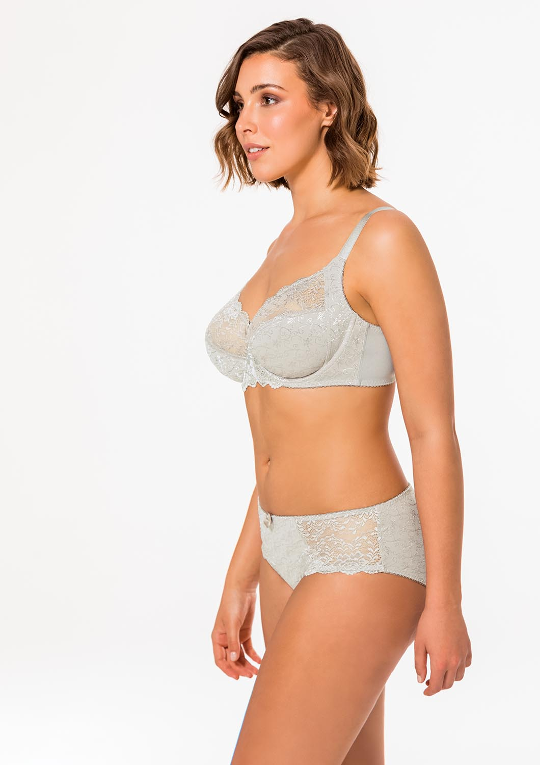 1060X1500H_Dorina_Onbody_Curves_Philippa_D15006A-T09_Non_Padded_Bra_D65006B-T09_Hipster_Light_Grey_L 2